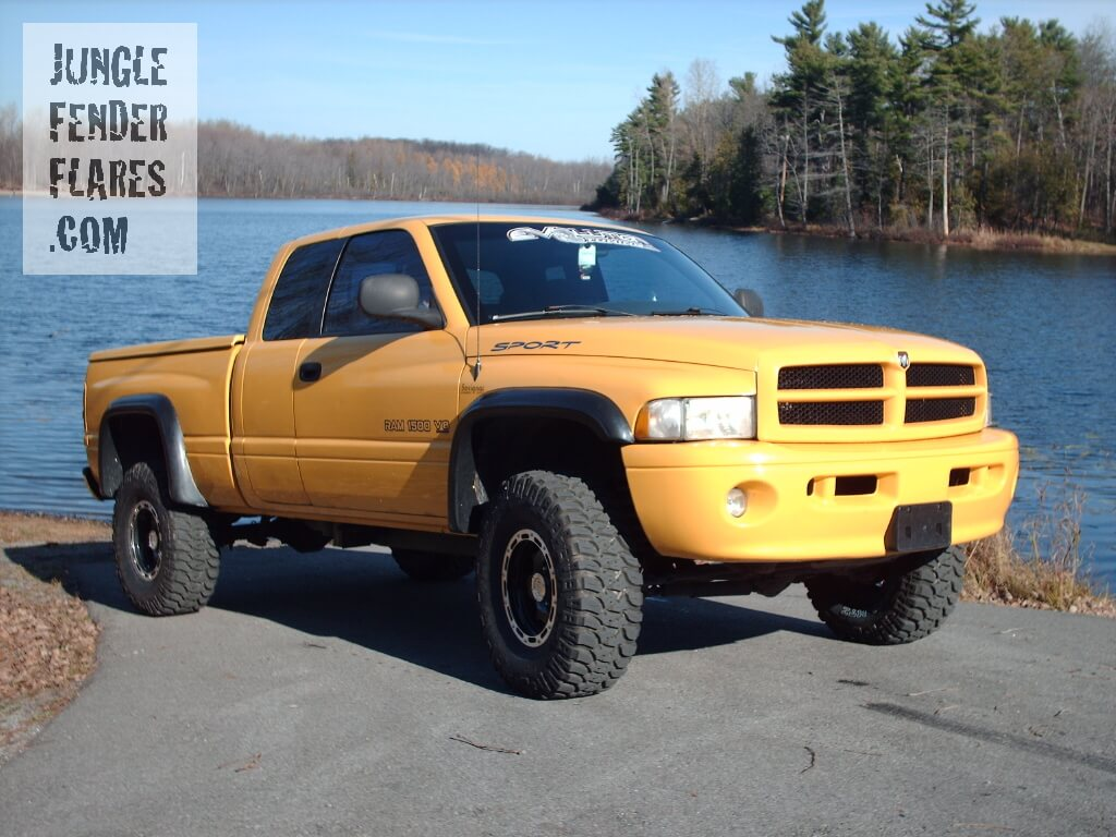 1999 Dodge Ram 4wd with wheel flares