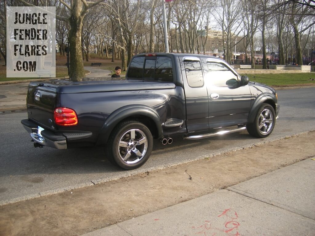 Ford F150 2001 XLT 2wd flareside wheel flares