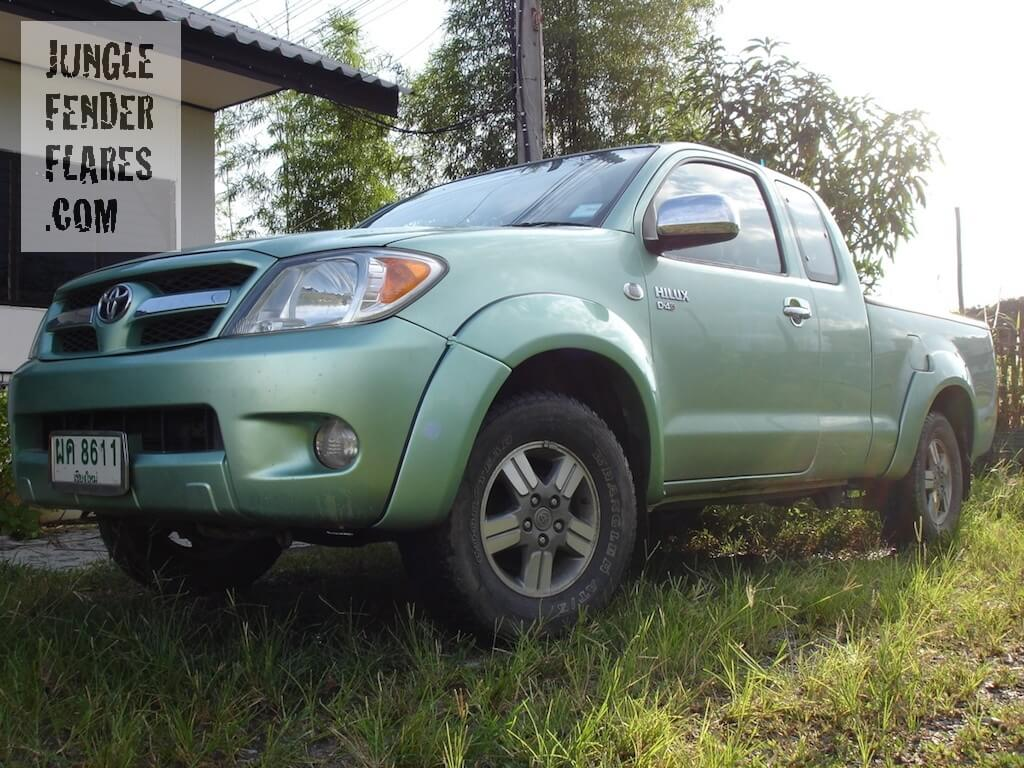 2005 Toyota Hilux mk6 fender flares wheel arch extensions