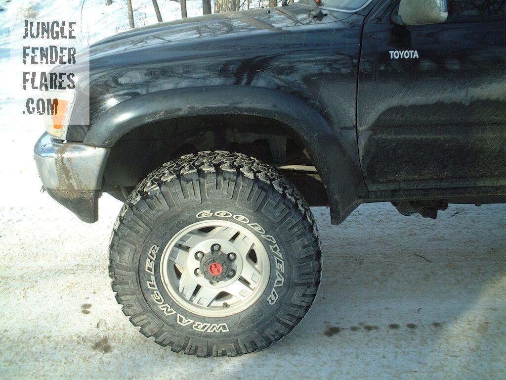 Toyota Pick Up aka Hilux wheel flares