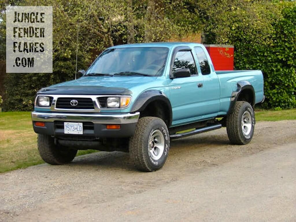 1997 Toyota Tacoma lifted with wheel flares