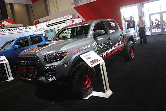 Camburg Engineering's 2017 Toyota Tacoma TRD Pro | Jungle Fender