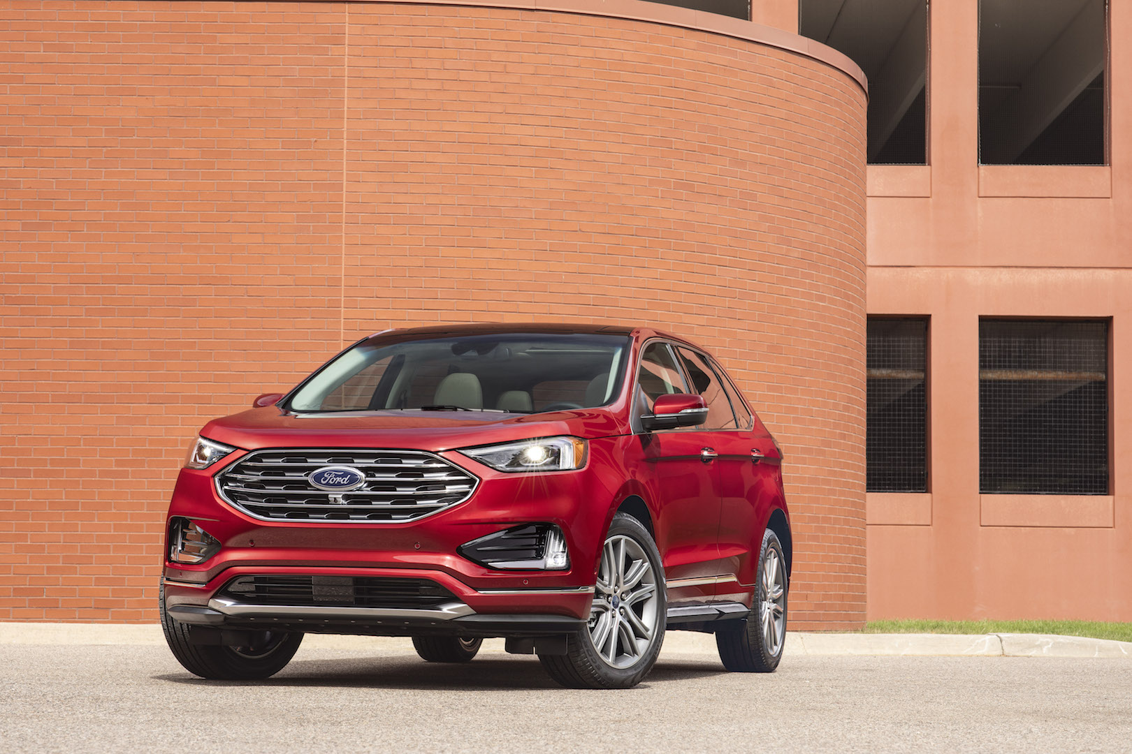 Ford Edge Review Ratings Specs Prices And Photos